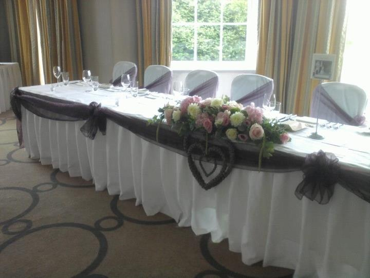 Top table with swags and hearts