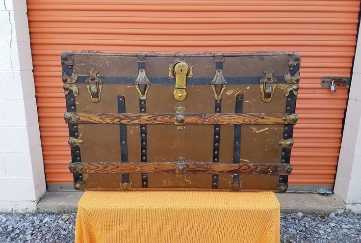 Best 25 Antique Chest Ideas On Pinterest