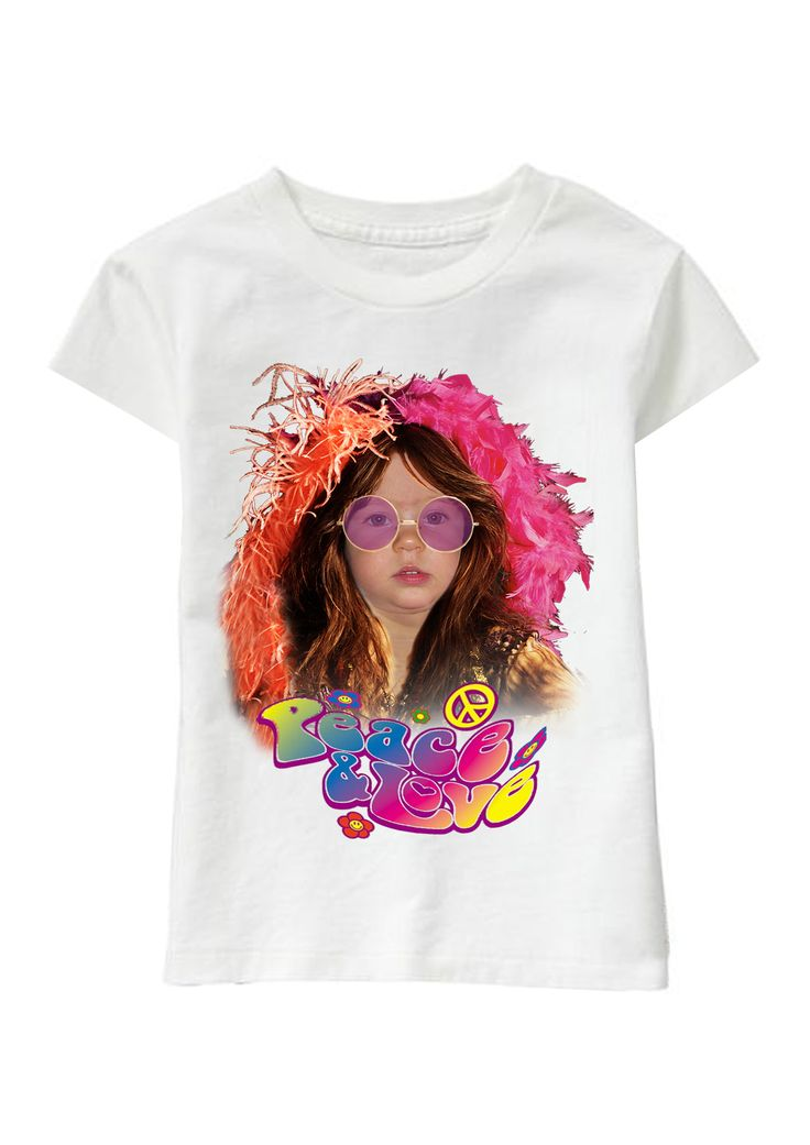 Peace and Love Sister personalized T-shirt www.ghigostyle.com