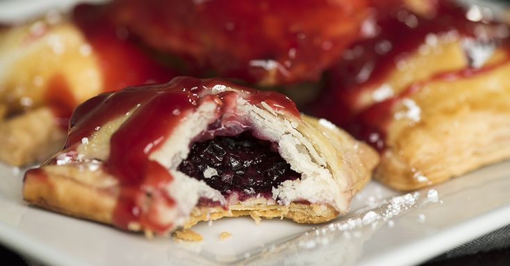 Mixed Berry Pie Ravioli   Suggestion: Coat in cinnamon/sugar  (See video for rectangular pie crust)