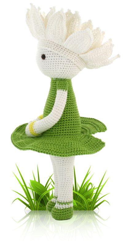 waterlily flower crochet dolly pattern