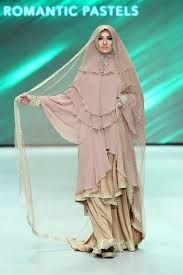 Muslim wedding dress and khimar by merry pramono, Indonesia Fashion Week 2014  #khimar #syari #wedding #hijab #indonesia