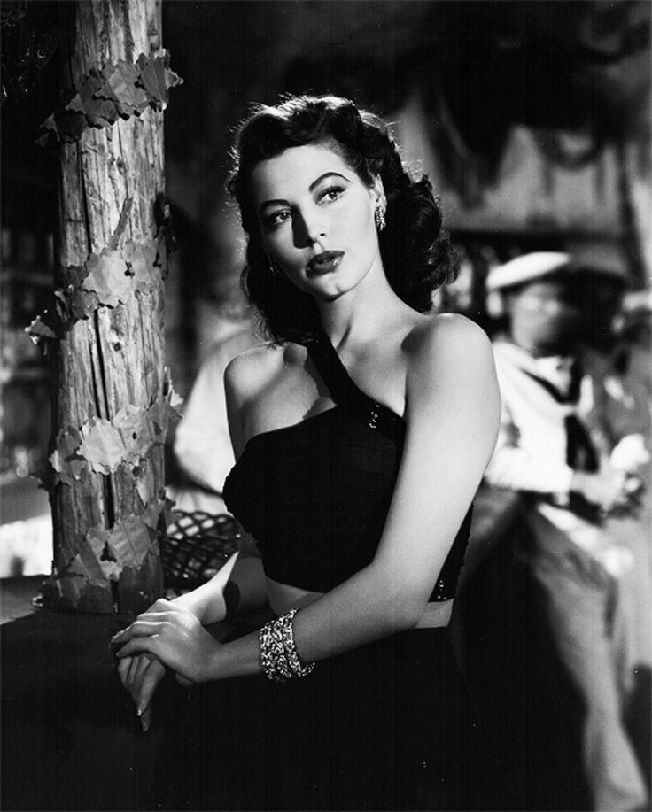 "Ava Gardner en ""Soborno"" (The Bribe), 1949"
