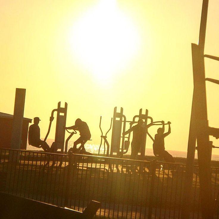 Good morning 12/05/2016. #beach#sunrise#morning#australia #training#life#surf#サンライズ#シドニー#オーストラリア#トレーニング#マルーブラ#サーフ#ビーチ#海#空#隠し撮り# by ssstkdc http://www.australiaunwrapped.com/ #AustraliaUnwrapped