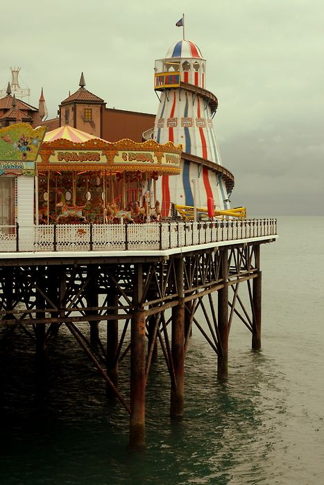 To one day have tea by the sea at Brighton Pier, uk