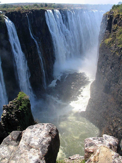 the natural wonders of zambezi valley Amazing natural wonders of the world: victoria falls located in zambia and zimbabwe, the victoria falls are one of the many precious treasures of africa and is one of the places you must visit at least once in a lifetime.