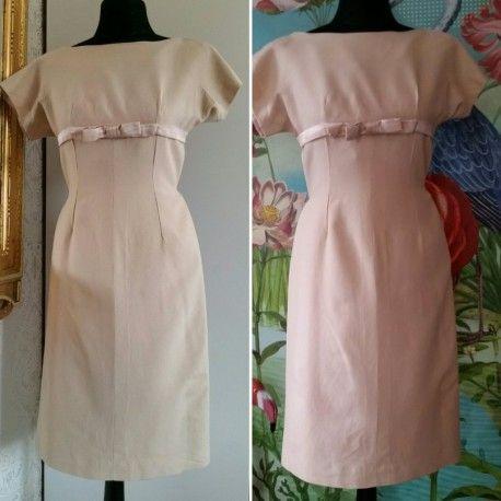 Vintage beige coctailklänning med rosett fodralklänning, 60-tal - till salu