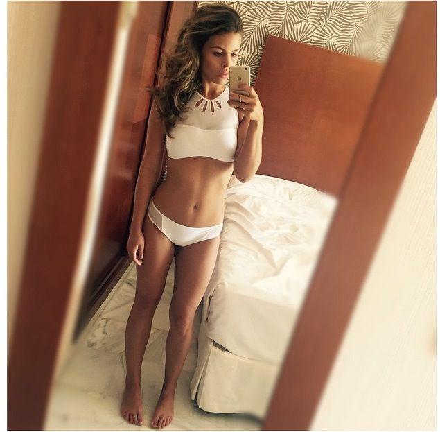 Bikini Chloe Lewis