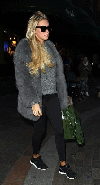 Petra Ecclestone Photos: The Ecclestone Sisters Go Shopping in London
