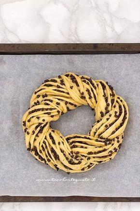 Dare la forma alla torta angelica - Ricetta Torta Angelica