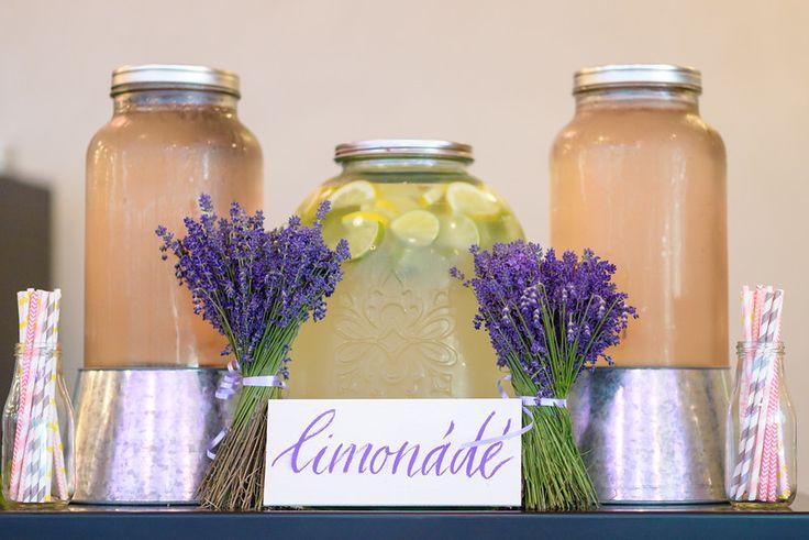Ani&Szili wedding - lavender decoration - lemonade bar