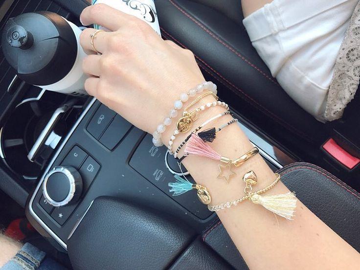 """Polubienia: 89, komentarze: 3 – Anna Dziubek (@annadziubek_bydziubeka) na Instagramie: """"#weekend rozpoczynamy teraz  #jewelry #bydziubeka #bracelets #simplicity #jewellerylover…"""""""