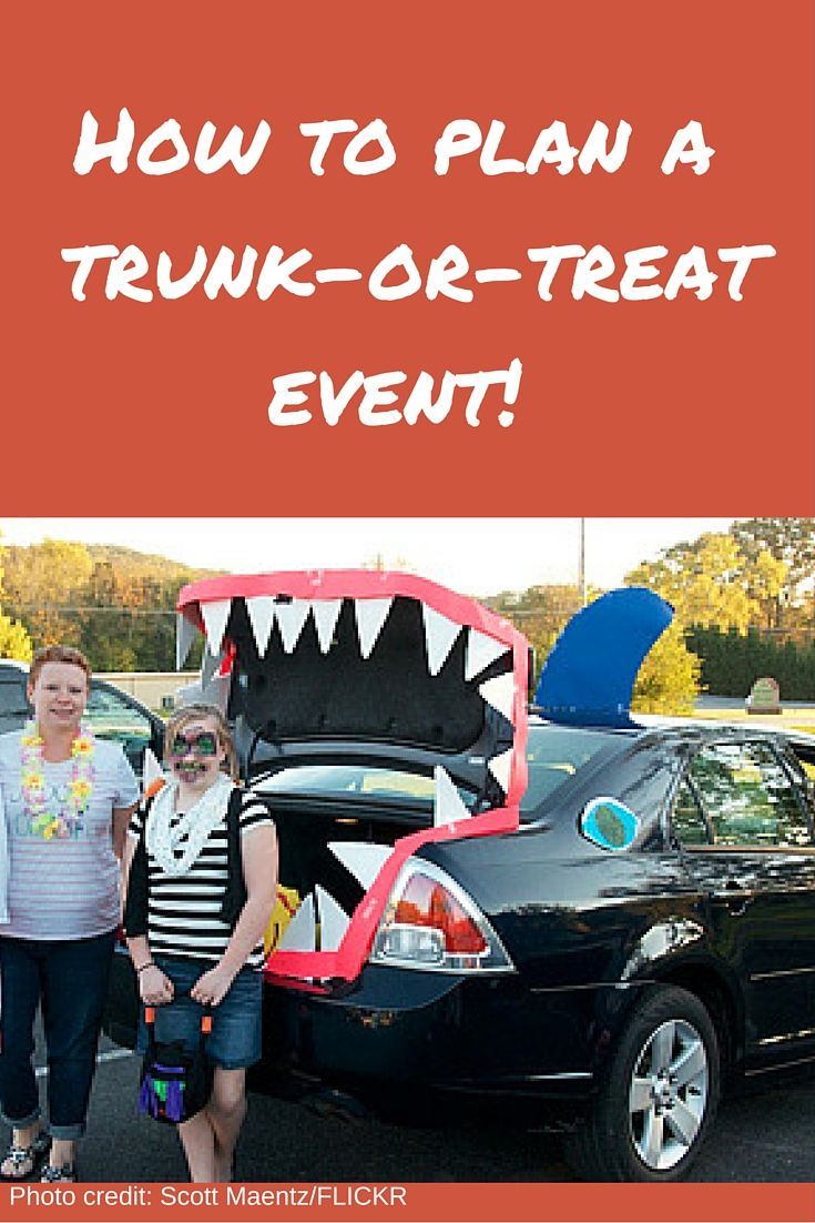 A step-by-step plan for a trunk-or-treat event by PTO Today!   #pto #pta