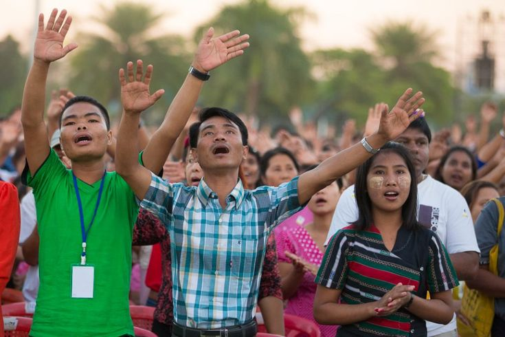 BGEA's 2017 Crusade Lineup Spans the Globe from Texas to Vietnam