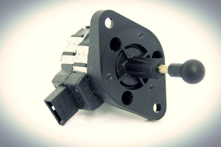 Motor de ajuste de alcance de luces para Skoda OCTAVIA de los años 2001 al 2011.  http://articulo.mercadolibre.com.ve/MLV-417448276-1u0941295b-motor-de-ajuste-alcance-de-luces-skoda-octavia-_JM