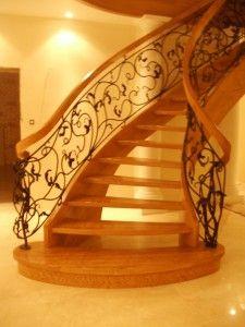drewniane schody gięte ze schodypalacowe.pl