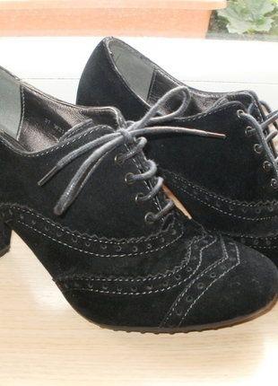 Kupuj mé předměty na #vinted http://www.vinted.cz/damske-boty/kotnikove-boty/13515332-cerne-semisove-snerovaci-kotnikove-boty-na-podpatku