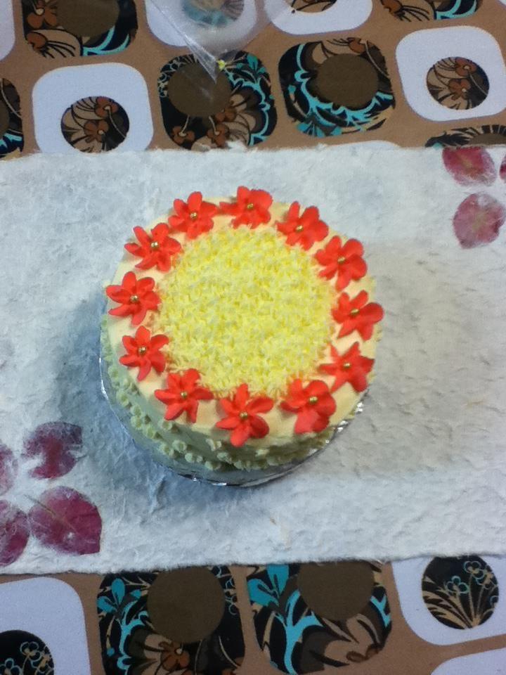 vanilla flower cake