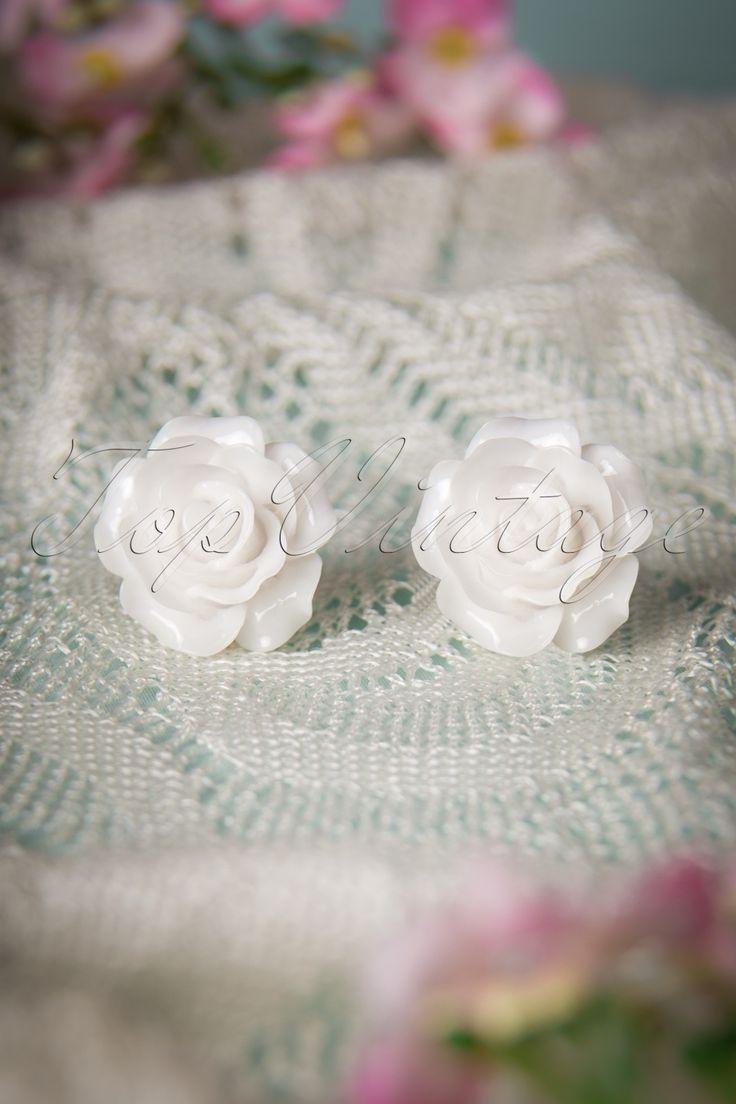 50s English Rose Earstuds White