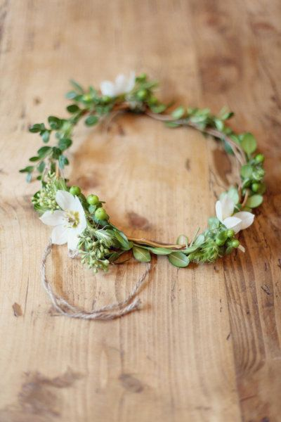 For the flowergirls. Love how simple and natural looking these are. Like the white flower - not sure what they are?