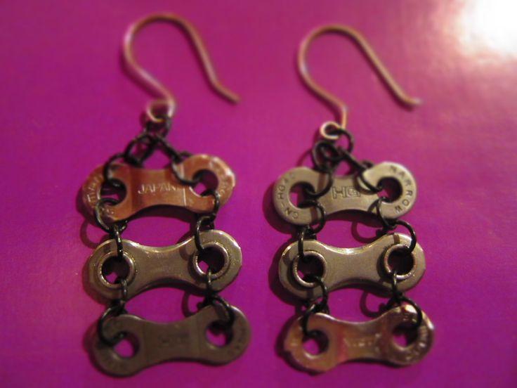 Reciclaje de cadena de MTB. Ganchos artesanales.: Gancho Artesanales, De Cadena, Chain, 1000 El, De Mtb, Reciclaje De, Bikes Earrings