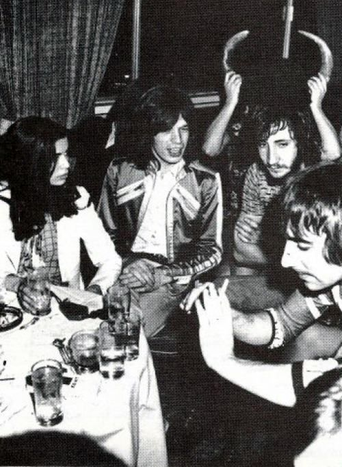 Pete Townshend, Keith Moon , Mick and Bianca Jagger