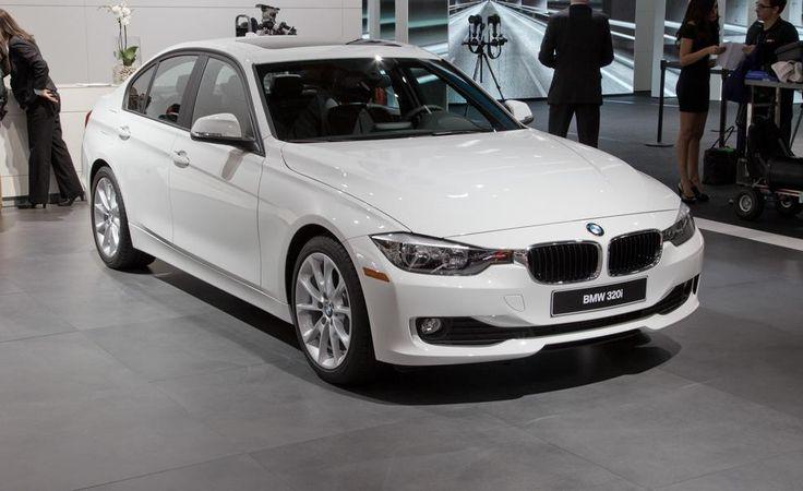 White BMW 320i 2013
