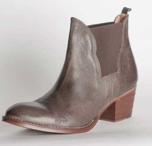 Maya McQueen RRP - $229  Sienna - grey ankle boot leather EB