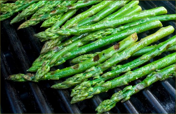 Yummy Grilled Asparagus!!  Drizzle Asparagus w olive oil,onion powder,garlic powder,sea salt & pepper GRILL & enjoy!! Join our facebook group for more Healthy recipes and fitness tips! https://facebook.com/groups/mybodymylife