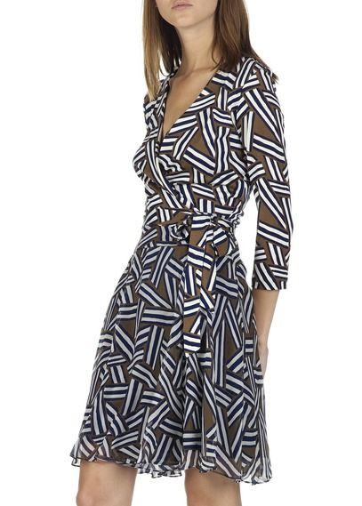 1000 id es propos de mod les de robe portefeuille sur pinterest patrons de robe et patrons. Black Bedroom Furniture Sets. Home Design Ideas