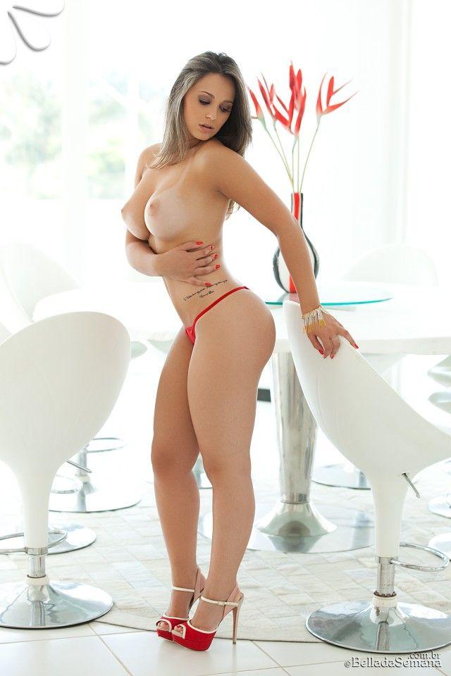 lindas nuas classificados mulheres
