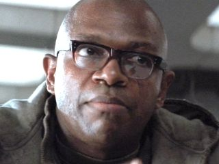 """Charles S. Dutton in Alien 3 (1992) as Dillon. """"It dies first, then you!"""""""