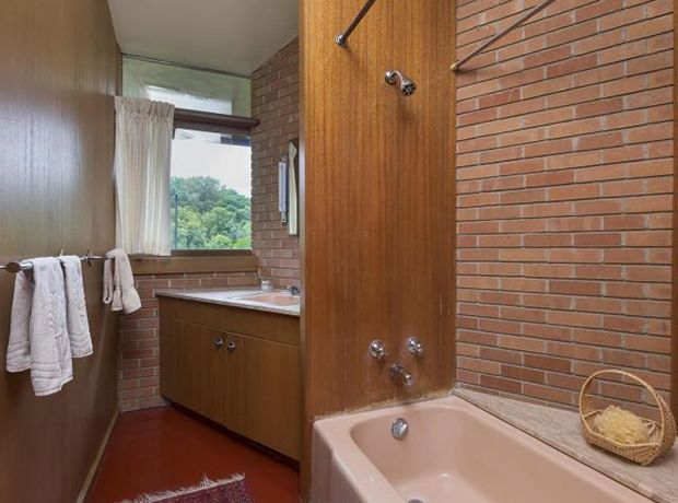 This 1950s bathroom by Frank Lloyd Wright is designed on an obscure angle.
