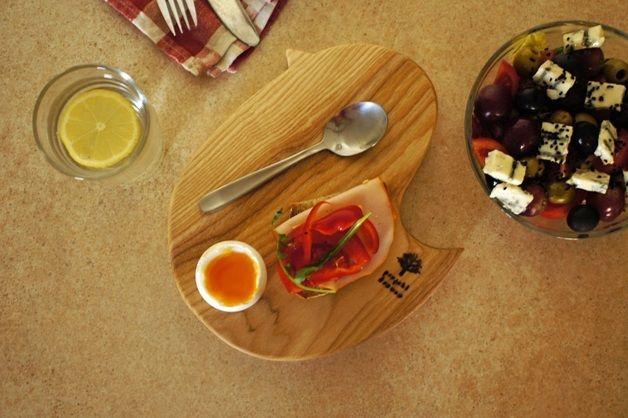 "Furniture – Egg pad, kitchen board, appetizer, ""Chicken"" – a unique product by projektdrewno on DaWanda"