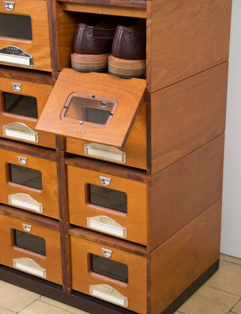 DIY Idea: Wooden Shoe Storage Done Right