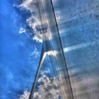 Skyward HDR of the Arch. : Skyward Hdr