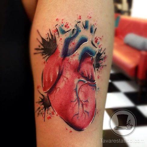 tavares tattoo . tatuagem aquarelada e realista em Porto Alegre