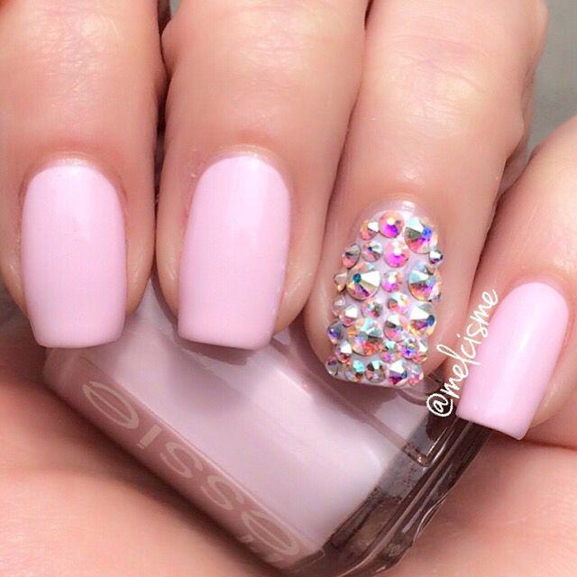 Pink Bling nails by Instagram user melcisme #pink #bling #Swarovski #essie