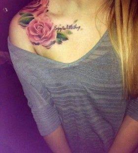 Red lovely rose tattoo on shoulder
