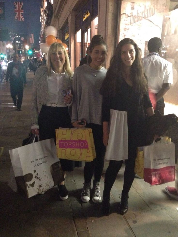#FNO is the perfect time for a shopping trip in #RegentStreet.