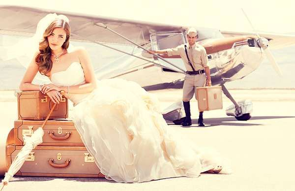 The Airplane Bridal Story Series is Romantically Adventurous #photography