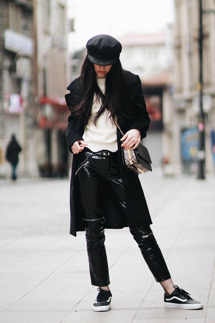 BEIGE KNIT  Patent leather pants/beige knit/black coat/vans sneakers/fishnets