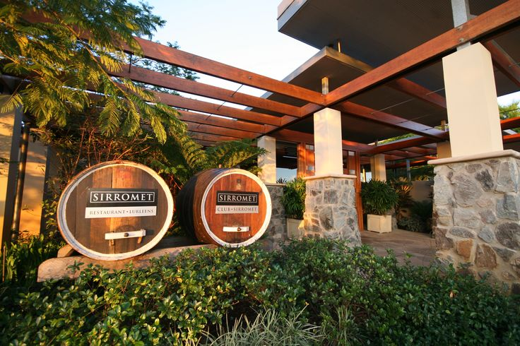 Restaurant Lurleen's is a fine dining restaurant with a gorgeous view.