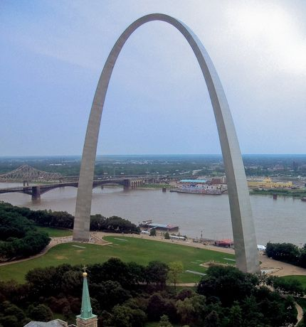 The Gateway Arch, St Louis Missouri Everyone should see it at least once & ride to the top inside! Breathtaking!