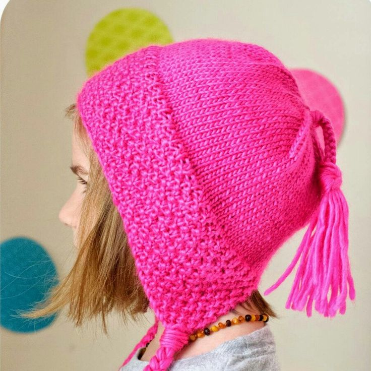 Its cold and snowy!  Knit yourself a new sneeuw bonnet!