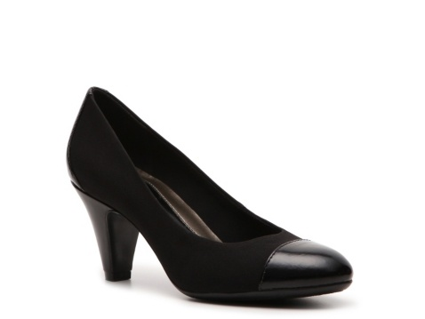 Naturalizer Bryant Pump - most comfortable work shoe!