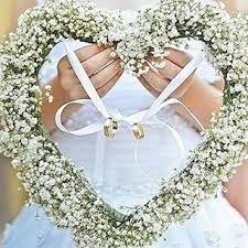 Resultado de imagen para forma original de llevar anillos de boda