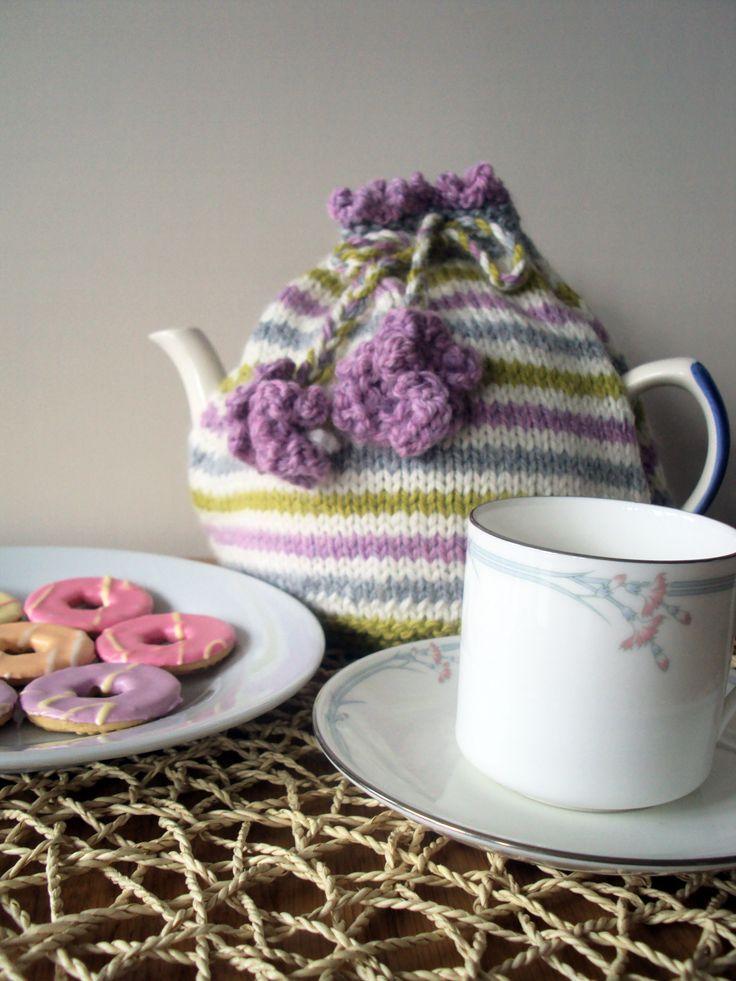 Simple Stripes Tea Cosy