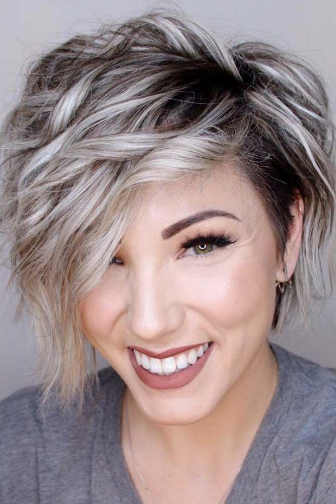 30 Handy Styling Ways For Short Wavy Hair To Make Everyone Envy Short Wavy Hair Hair Styles Short Hair Styles
