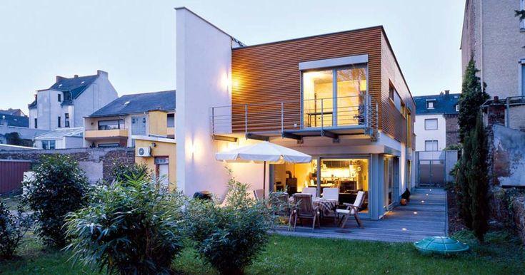 Die besten 25+ Landhäuser grundriss Ideen auf Pinterest 4-Zimmer - idee fur haus renovieren grune akzente modernen raum